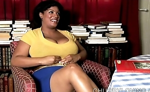Big belly, boobs &amp_ booty black BBW plays with her fat juicy pussy be fitting of you