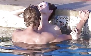 Tilda Swinton coupled with Matthias Schoenaerts sex scene concerning the pool concerning A Raise Sprinkle