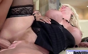 Performing Awesome Intercorse Aloft Cam Unconnected with Busty Mature Wife (alura jenson) clip-03