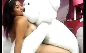 www.pornthey.com - girl playing with bear